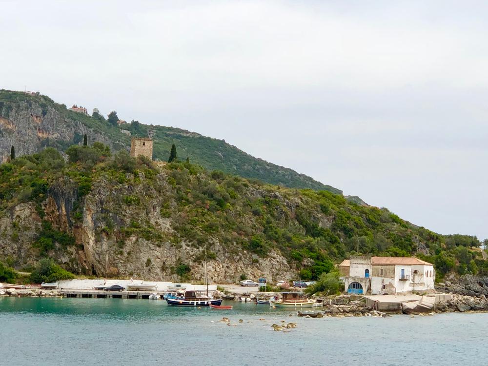Utsikt fra restauranten ved havet.